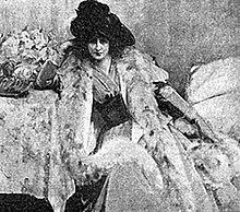 Мэри Фэйрчайлд Макмоннис (1858-1946) - американская художница, писавшая пейзажи, жанровые сцены и портреты.