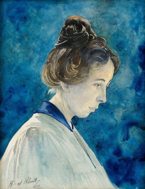 Хильма аф Клинт (1862-1944) - шведская художница, картины которой считаются одними из первых произведений абстрактной живописи.