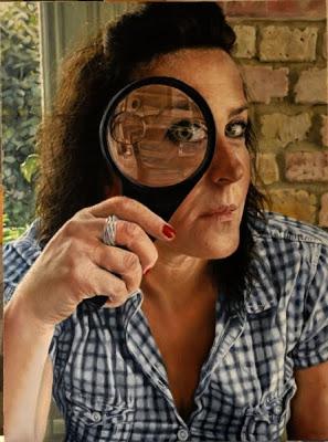 Хелен Масач (1968-) - британская художница.