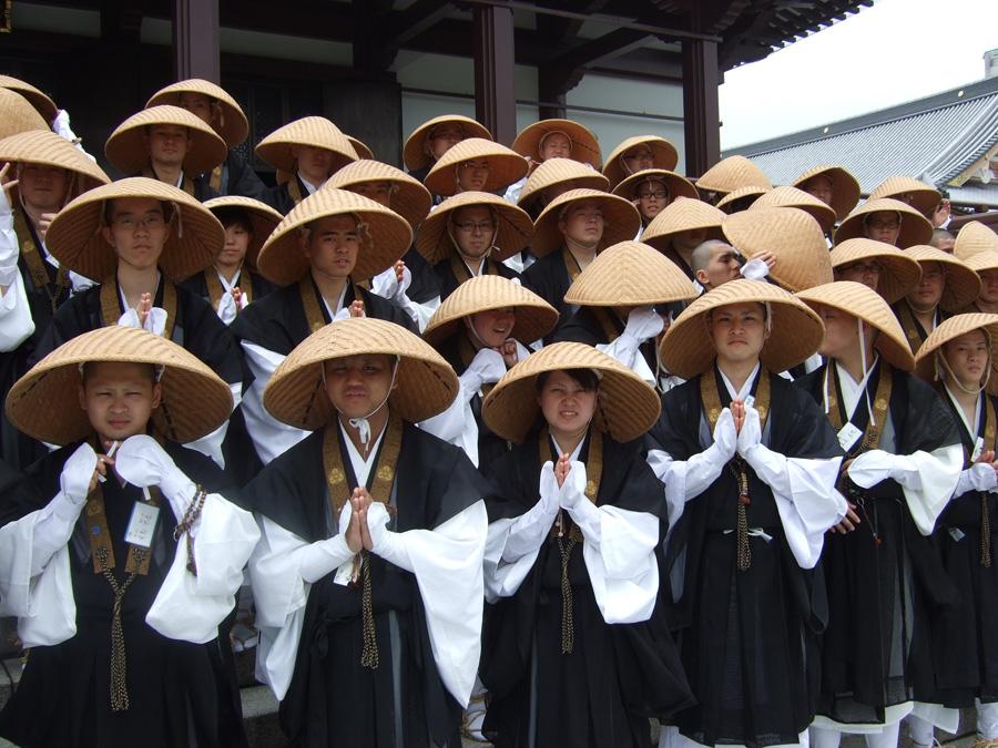 японская шляпа