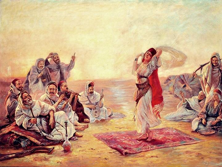 Бедуины наслаждаются танцем девушки.
