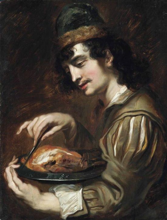 Мужчина, держащий оловянное блюдо с курицей