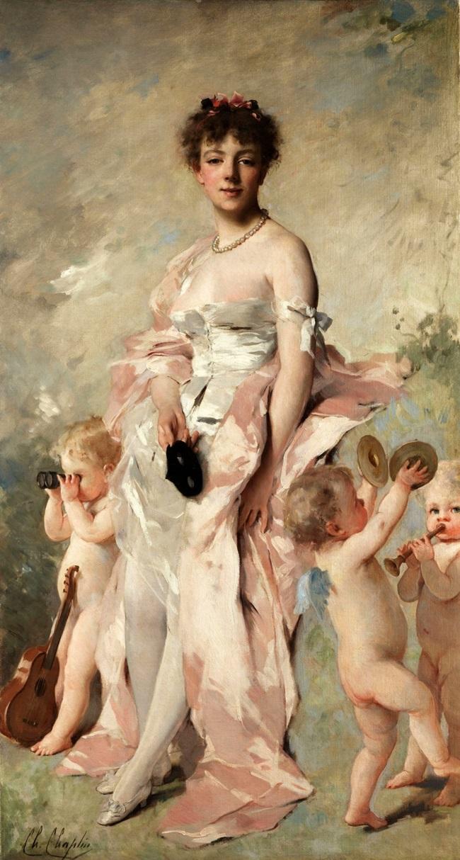 Молодая женщина в бальном платье с путти