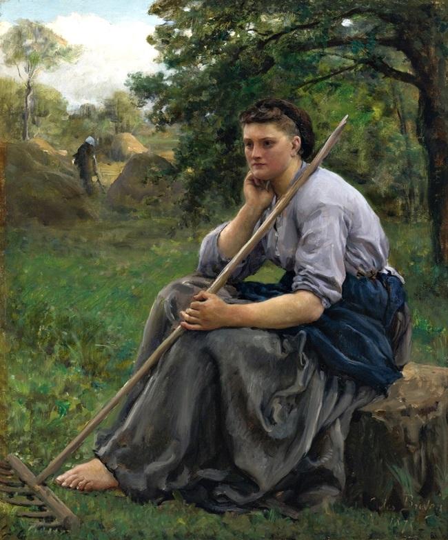 Девушка с граблями, сидящая на краю леса.