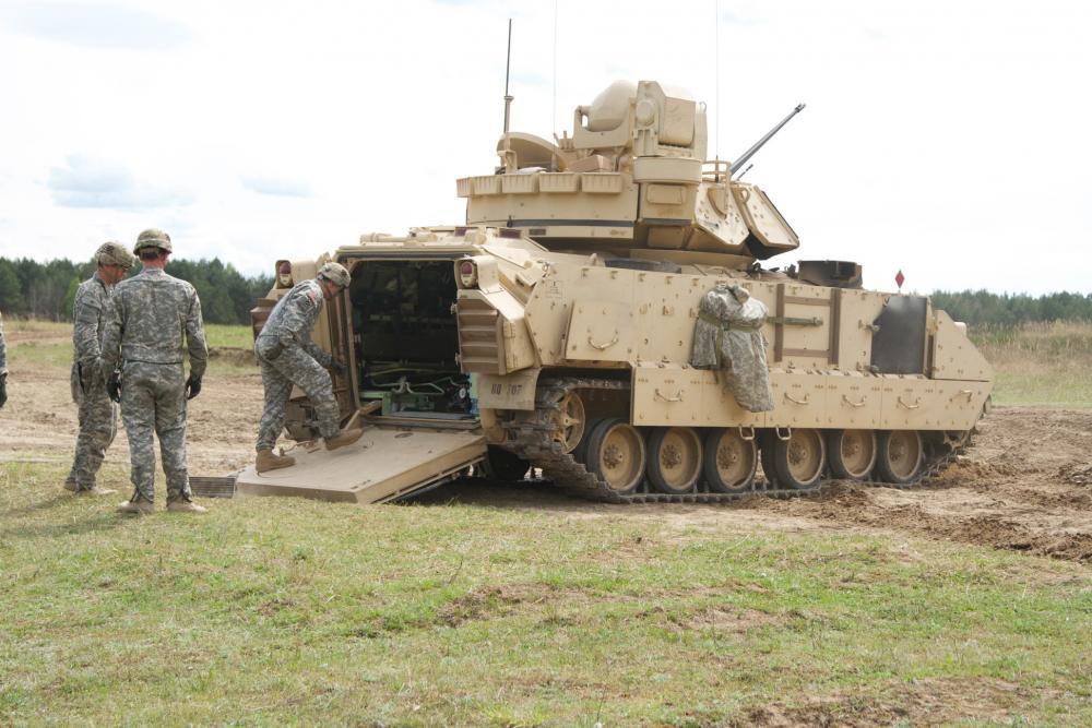 БМП М2 «Брэдли» из бригады тяжёлого типа.