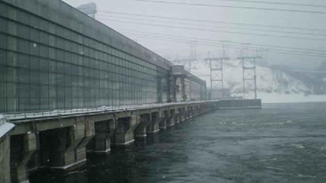 krasnoyarskaya_ges_zimoy_thumb_fed_photo