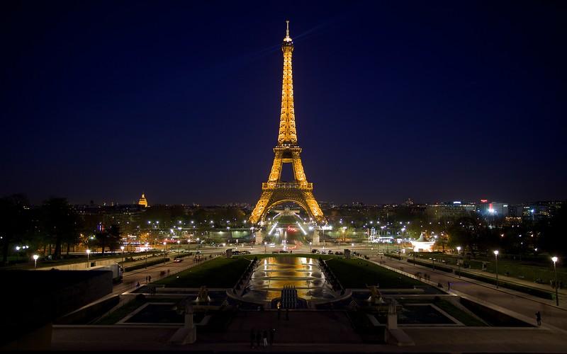 эйфелева-башня-ночью.jpg