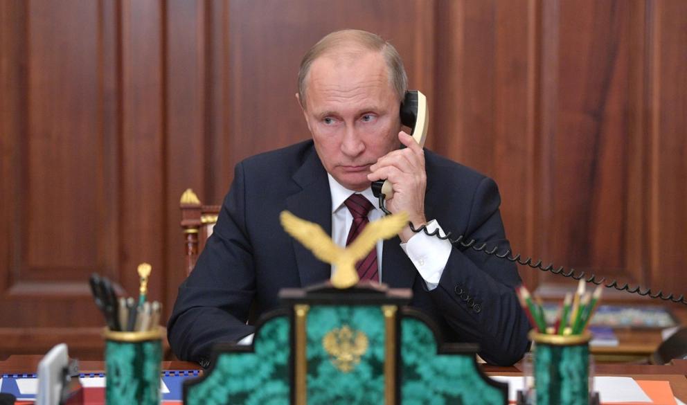 Фото кремлёвской пресс-службы как будто из середины 20 века