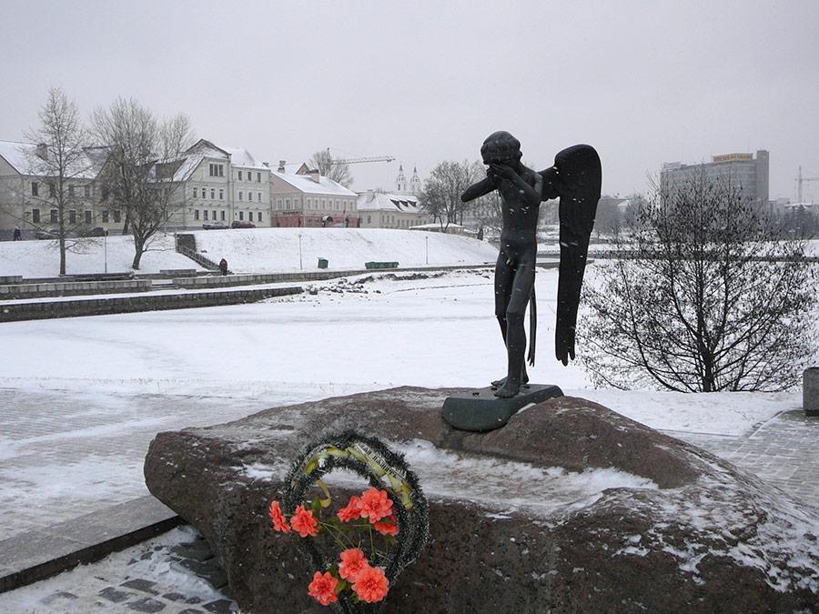 Фото-1-Плачущий-ангел-Минск
