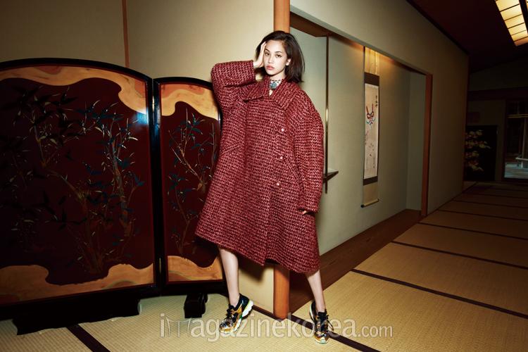 NAVER まとめ今時ガールに大人気!?「畳に靴」のスナップ撮影をした日本の人気女性モデル一覧