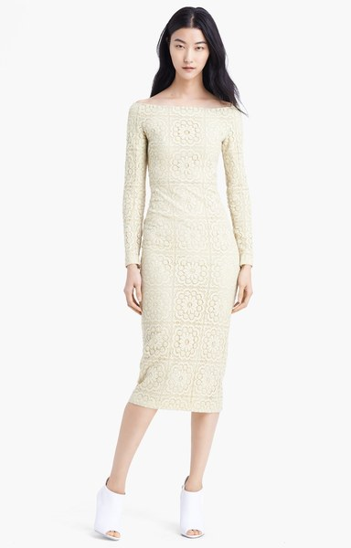 burberry-prorsum-pale-yellow-off-shoulder-lace-dress-product-1-14603277-941452618_large_flex