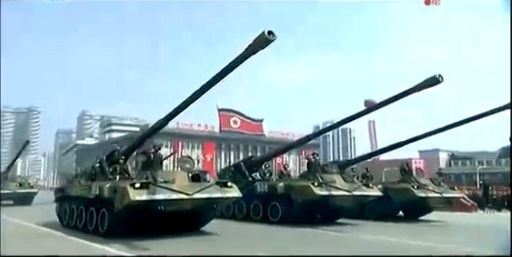 Военный парад в Пхеньяне. 15.04.2017 6