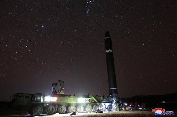 Успешный испытательный запуск новой северокорейской МБР