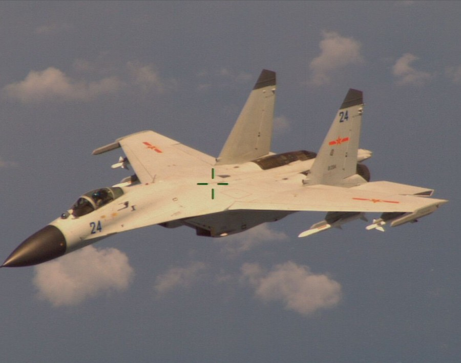 J-11B_AUG14_INTERCEPT1