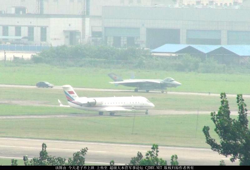 Más detalles del Chengdu J-20 - Página 14 191944_900