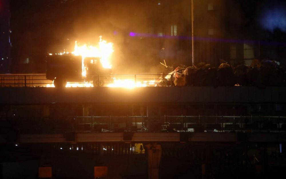 L'altra faccia della medaglia della rivolta pacifica di Hong Kong 14