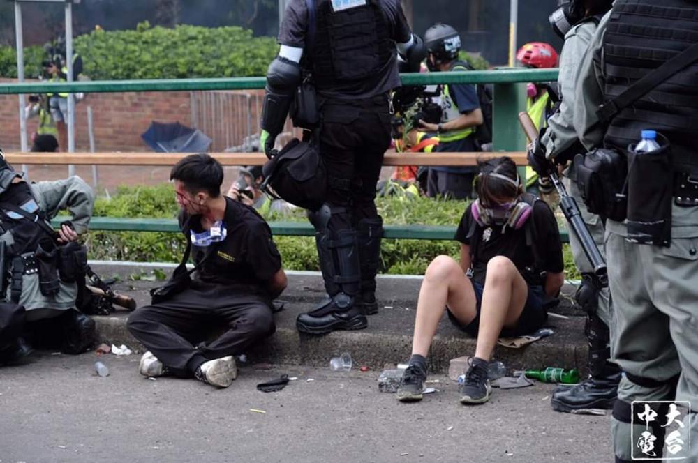 L'altra faccia della medaglia della rivolta pacifica di Hong Kong 21