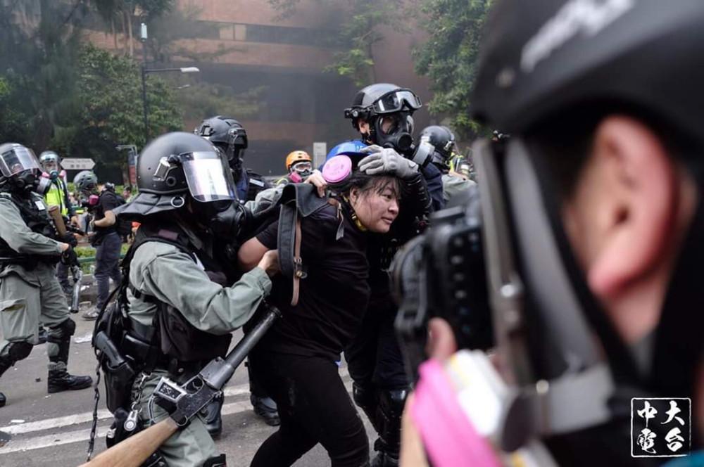 L'altra faccia della medaglia della rivolta pacifica di Hong Kong 22