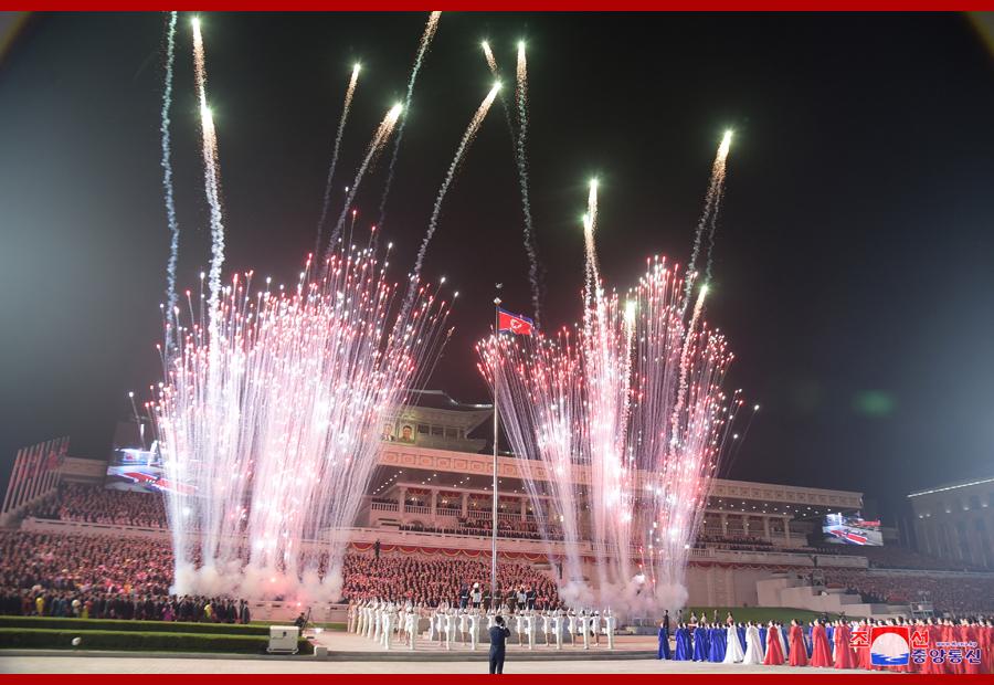 Парад Рабоче-крестьянского Красного ополчения и сил безопасности в Пхеньяне