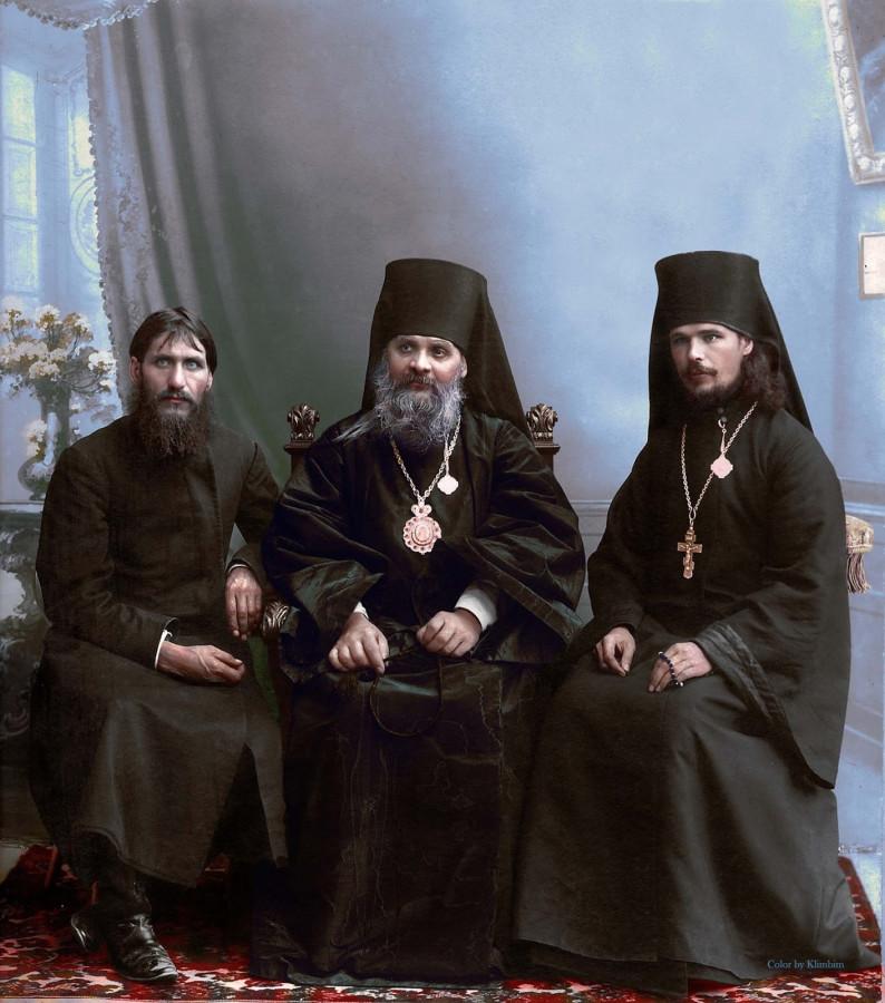 Григорий Распутин, епископ Гермоген и иеромонах Илиодор..