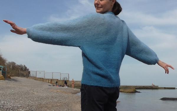 свитер море 2.png
