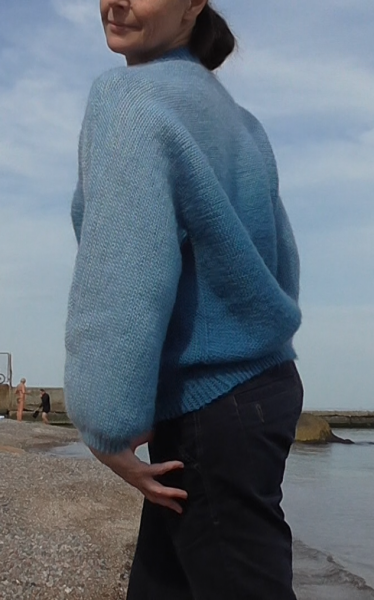 свитер море 6.png