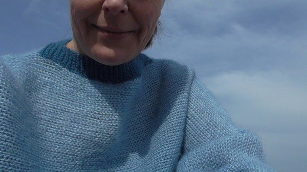 свитер небо.JPG