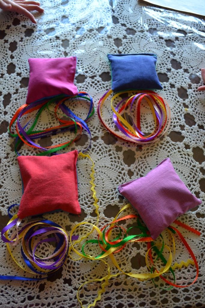 Flying Streamer Bags