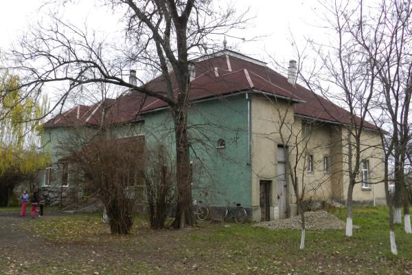 Батрадь - палац1