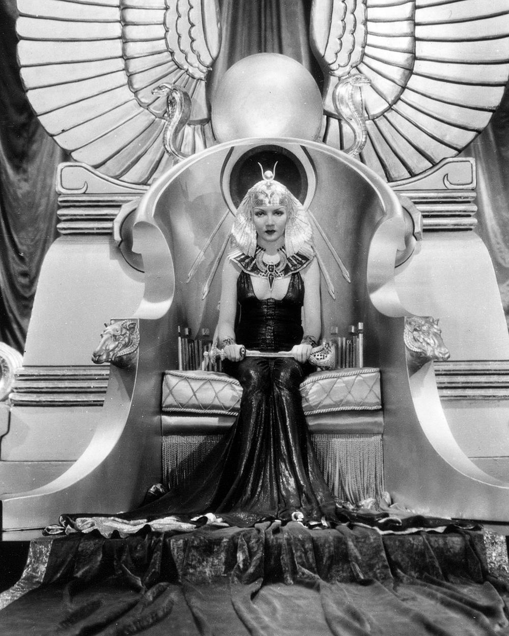 7-Costumes-Wild-Cleopatra-34-1.jpg