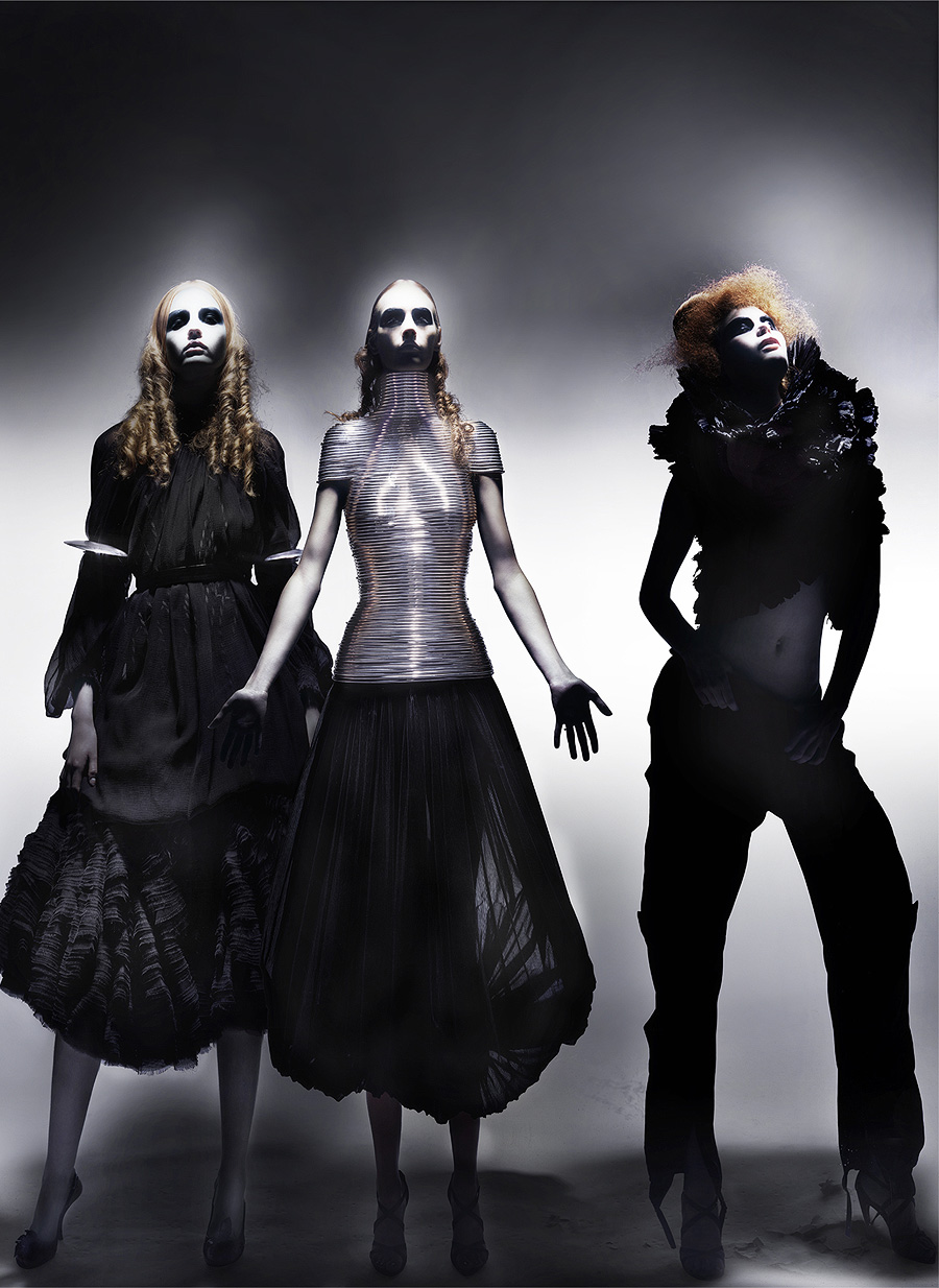 1mcqueen-black-4.jpg