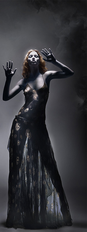 4mcqueen-black-4.jpg