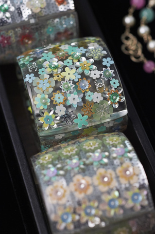 chanel-making-of-press-kit-cruise-collection-2015-16-09.jpg