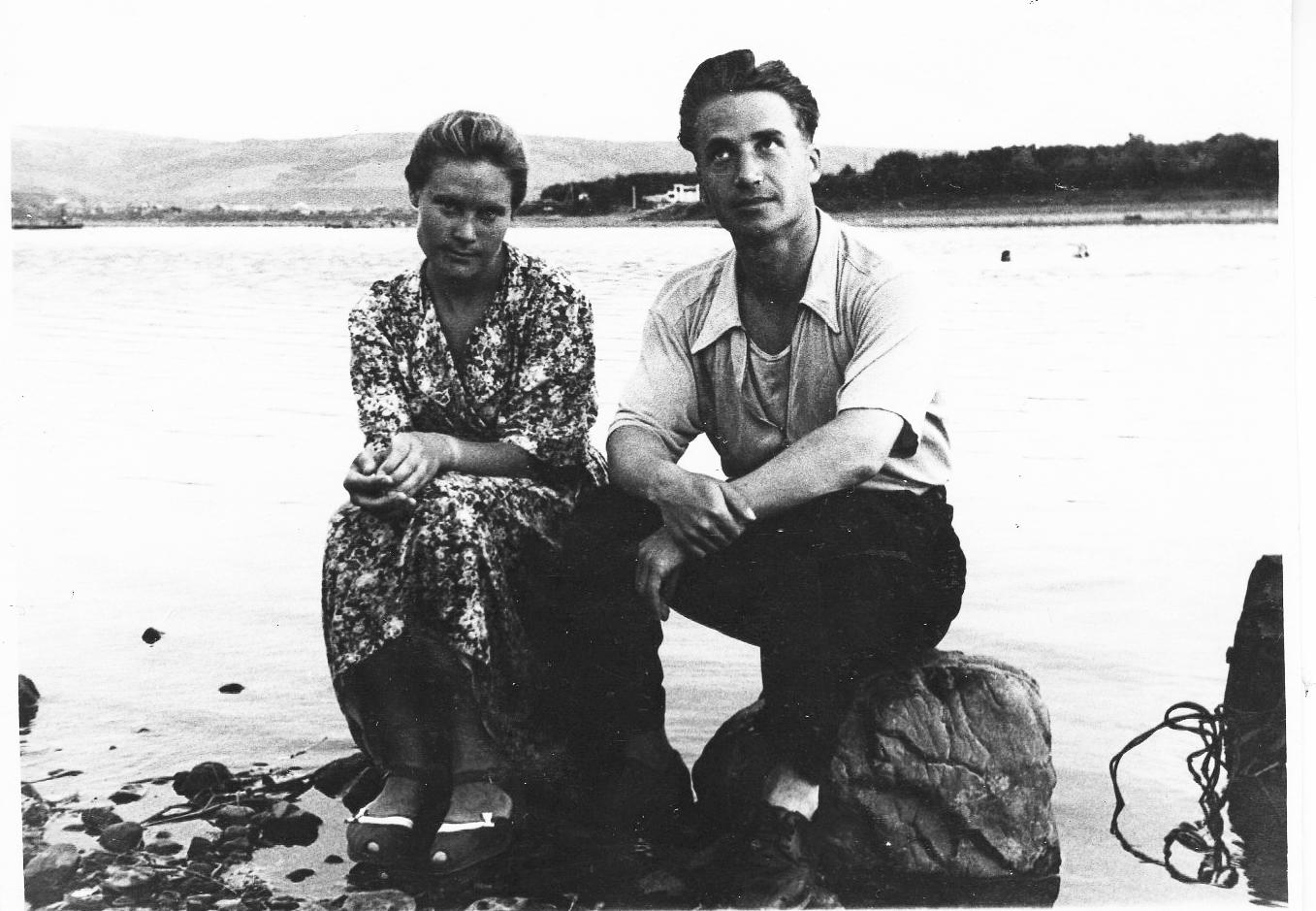 Мои мама и папа. Кузедеево. 1954