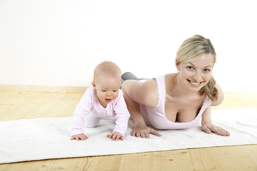 Как тренироваться после родов?
