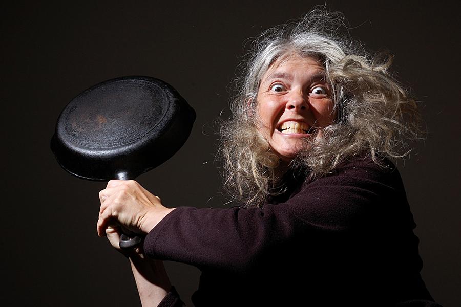 Как в браке не превратиться в злыдню со сковородой