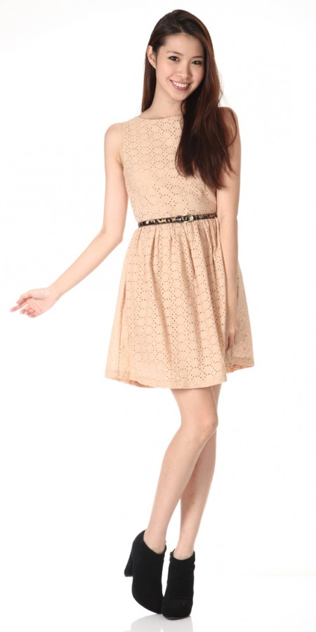 Dressabelle eyelet embroidery frock(toffee)