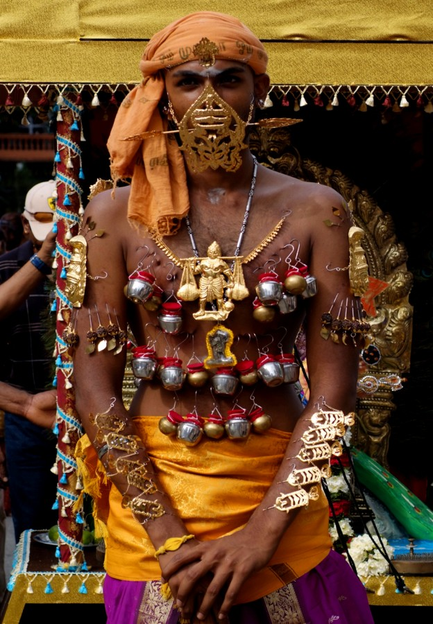 A_day_of_devotion_–_Thaipusam_in_Singapore_(4316832036)