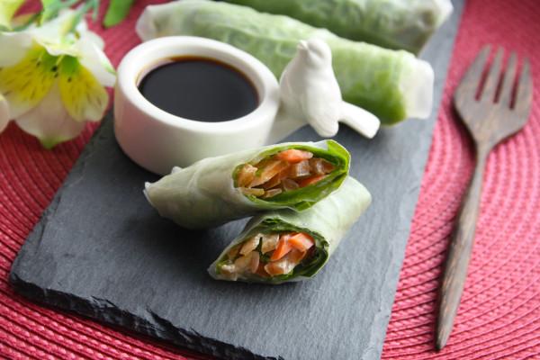 Закуски_Спринг-роллы с салатом