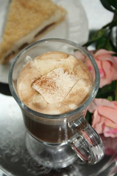 Напитки_Кофе гляссе