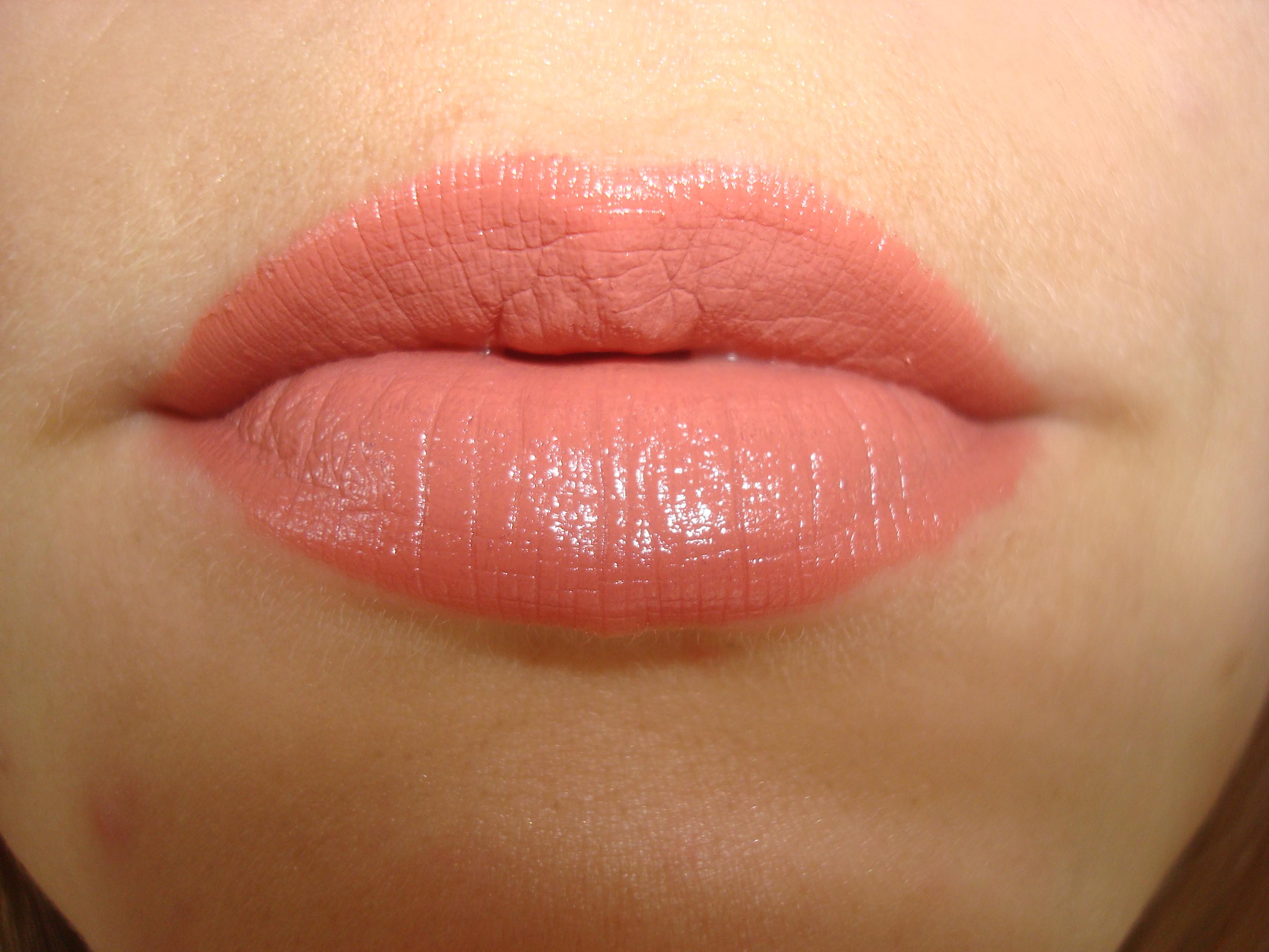 Спермачка на губах 5 фотография