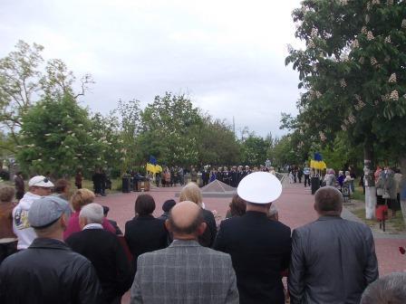 Ветераны в Очакове поют-2.jpg      1