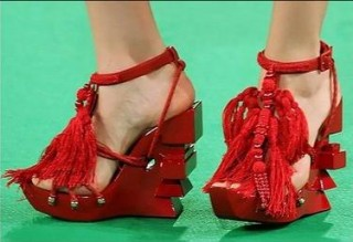 Red shoes omg