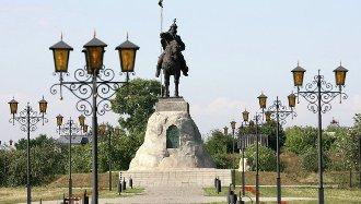 Елабуга памятник основателю города
