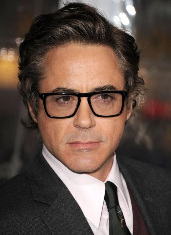 robert-downey-glasses-580x797