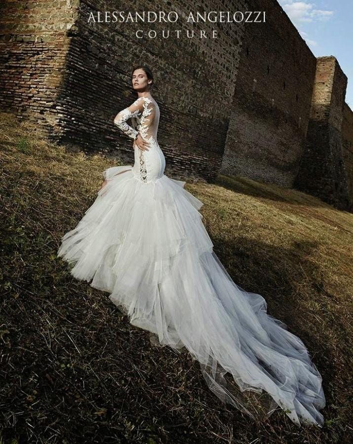 bianca-balti-alessandro-angelozzi-bridal-couture-2015-09
