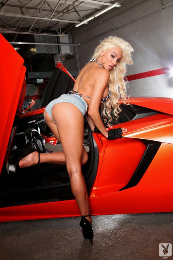 Khloe Terae Lamborghini (3)