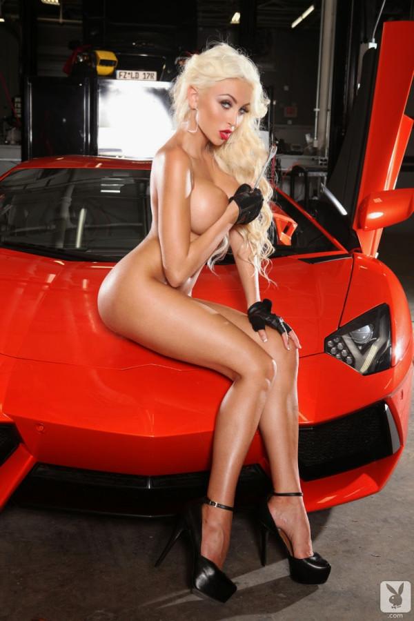Khloe Terae Lamborghini (6)