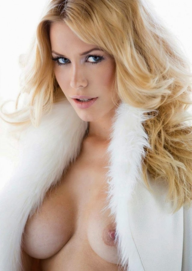 Kennedy Summers playboy (2)