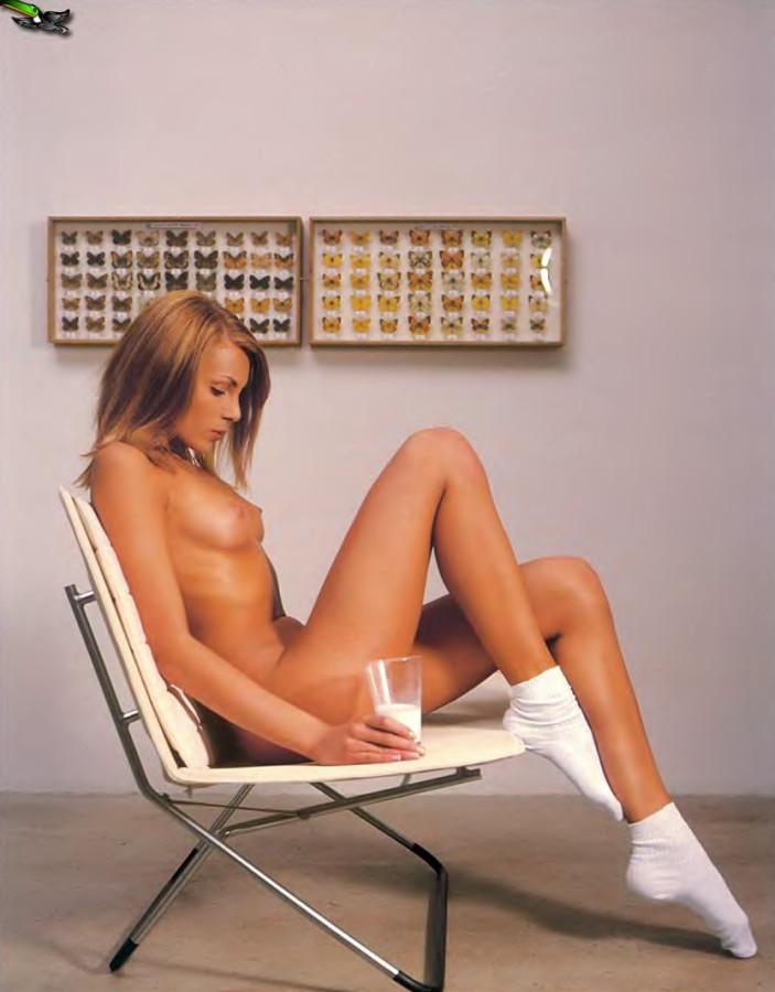 Playboy_05-2002_Russia_Scanof.net_032
